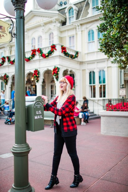 Kristyne holiday card disney-8493